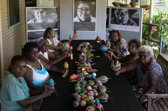 Marninwarntikura Fitzroy Women�s Resource Centre, Marnin Studio boab nut painters.© Marnin Studio