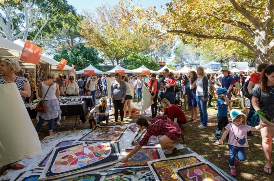 Revealed Art Market © Jess Wyld & Fremantle Art Centre 2017