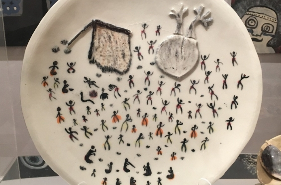 Platter by Jan Griffiths displayed in the 2017 Revealed exhibition at Fremantle Art Centre. © Waringarri Arts 2017