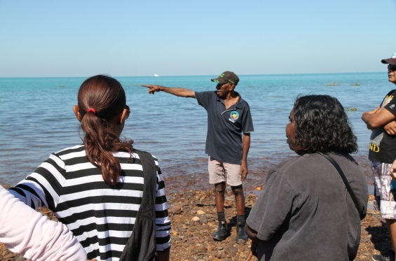 Jimmy Edgar giving the group a cultural tour of west Roebuck Bay. Visual Arts Leadership Program © AGWA 2015