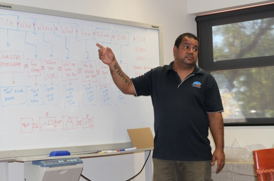 Michael Jalaru Torres giving presentation on storytelling. Visual Arts Leadership Program at the University of Notre Dame, Broome © AGWA 2015© AGWA 2015