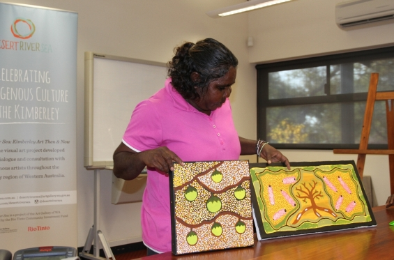 Lillie Spinks presenting her artwork to the group. Visual Arts Leadership Program at the University of  Notre Dame, Broome © AGWA 2015