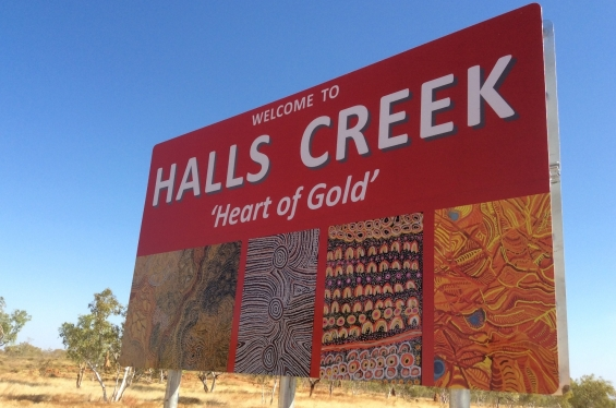 New sign to Halls Creek incorporating artwork by Yarliyil Art Centre artists © AGWA 2015