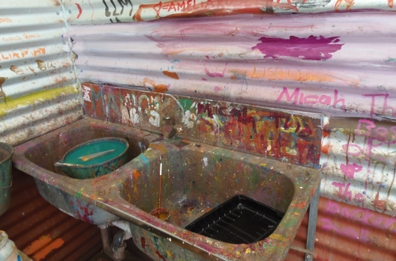 A typical Art Centre studio sink. Mangkaja Arts Resource Agency in Fitzroy Crossing © AGWA 2012