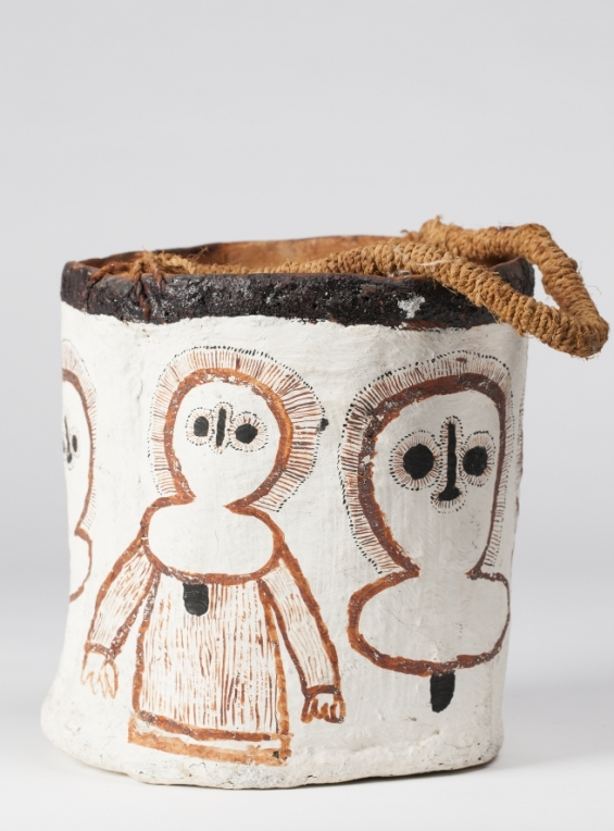 Unknown, Bucket with Wandjina figures 1971